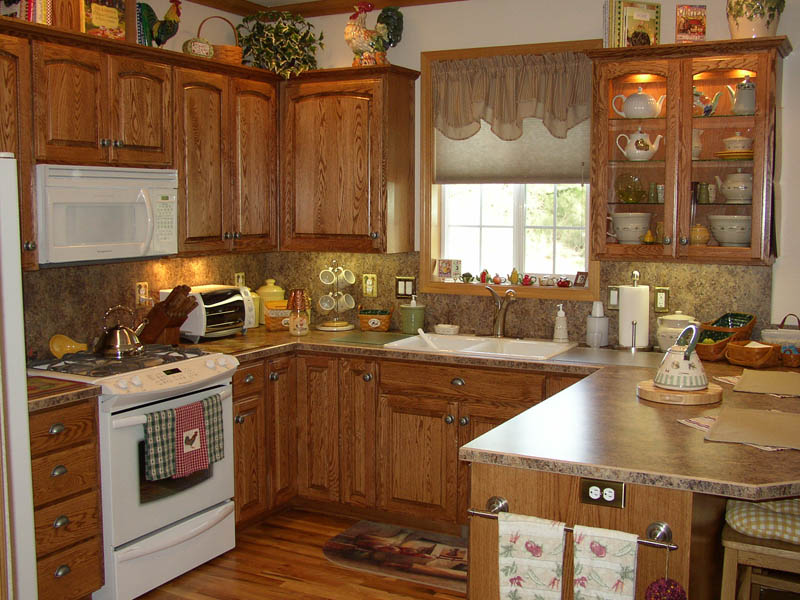 Kitchens country cabinets halsey llc for Country kitchen cabinets